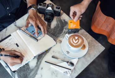 """Mua hàng trực tuyến là cách các thương hiệu cà phê """"cứu vãn"""" doanh thu"""