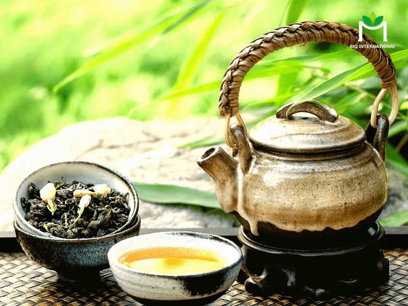 Tình trạng dư cung do giảm xuất khẩu khiến cho giá trà thị trường trong nước có xu hướng biến động giảm