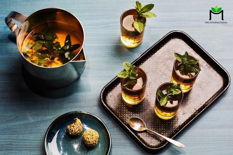 Trà bạc hà Maroc là sự kết hợp hoàn hảo giữa tinh dầu bạc hà thơm mát và hương vị đặc biệt của lá trà xanh