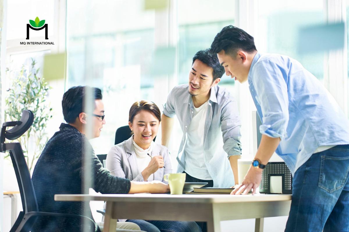 Thói quen ăn thực phẩm ăn liền tự hâm nóng xuất phát từ việc giới trẻ Trung Quốc dành nhiều thời gian cho công việc