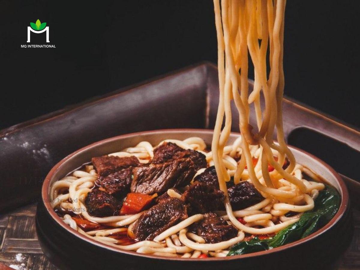 Với giới trẻ độc thân, những món ăn như mì hương bò hay lẩu đều mất nhiều thời gian và công sức để nấu