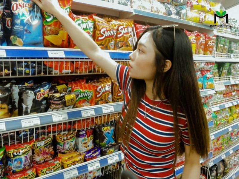 Doanh thu tại cửa hàng tiện lợi tại Việt Nam tăng 60% trong quý I năm 2020
