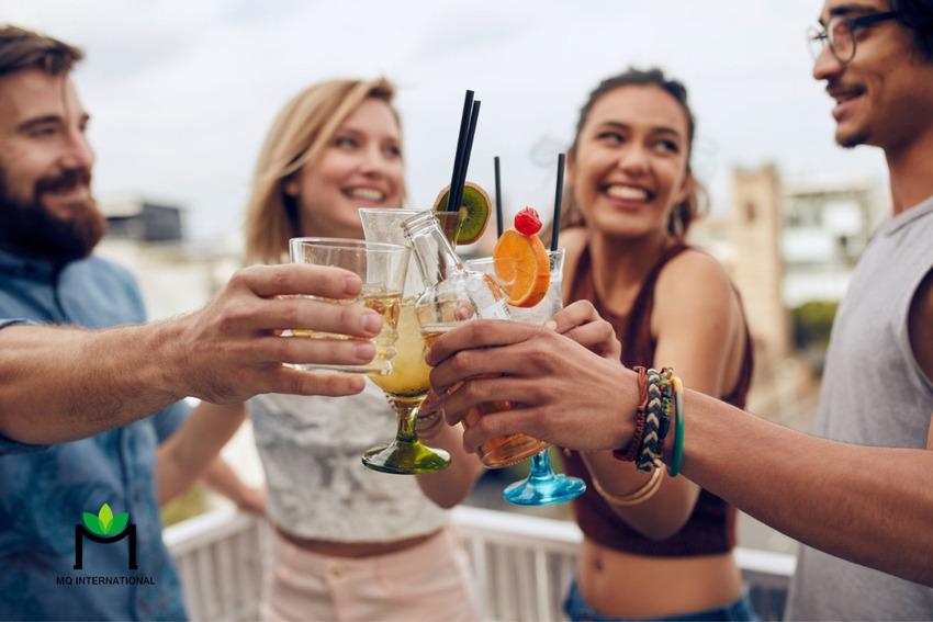 Sober curious là một thuật ngữ dùng để chỉ những người đang gần từ bỏ thói quen tiêu thụ thức uống có cồn