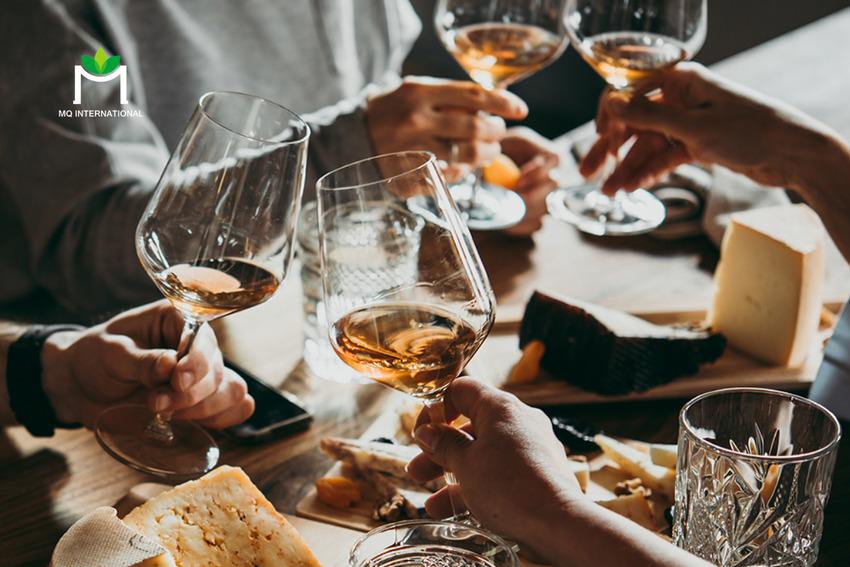 Covid-19 tạo tiền đề cho hình thức kinh doanh rượu trực tuyến phát triển mạnh mẽ