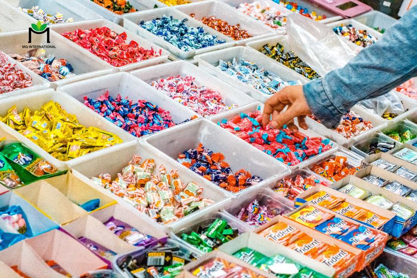 Hương liệu trái cây là thành phần không thể thiếu trong các loại bánh kẹo