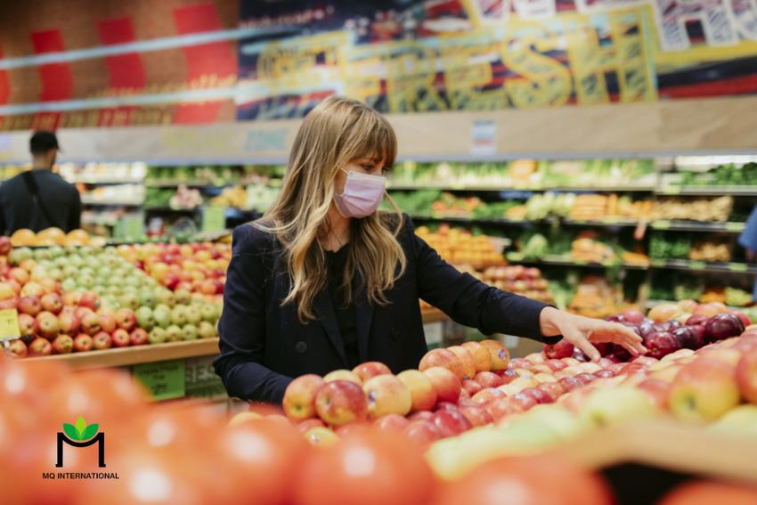 Người tiêu dùng cân nhắc nhiều yếu tố khi quyết định mua thực phẩm - thức uống