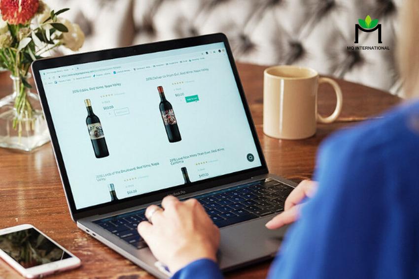Người tiêu dùng có xu hướng mua rượu qua các kênh trực tuyến do Covid-19