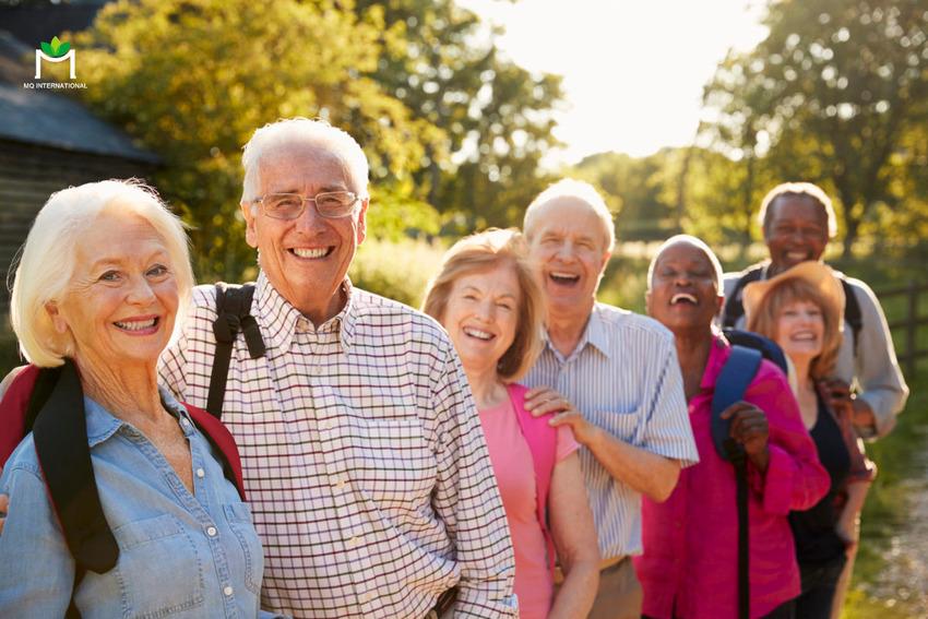 Baby Boomer là nhóm người tiêu dùng được sinh ra trong khoảng giữa năm 1946 và 1964